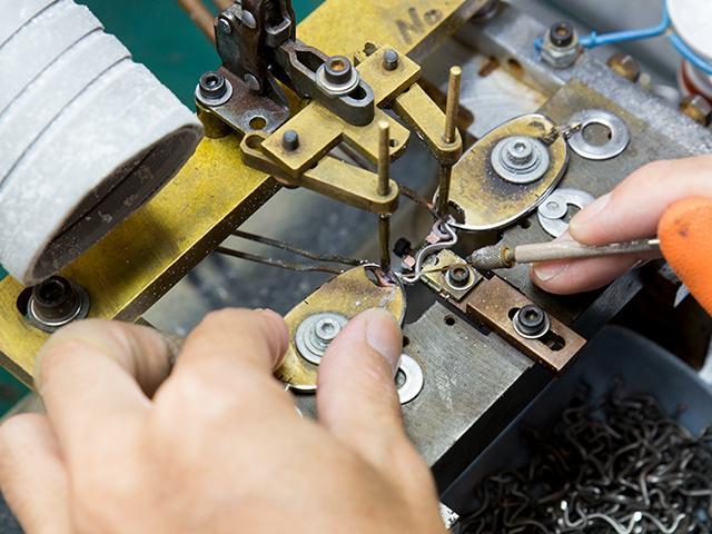 ペーパーグラス老眼鏡でも使われている特許技術